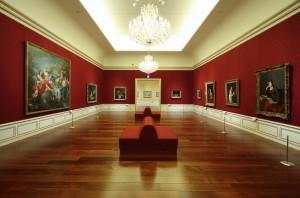 梅雨 過ごし方 楽しみ 美術館 博物館