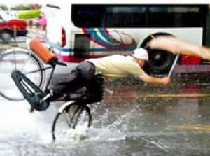 梅雨 自転車 通勤 通学 傘