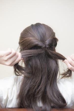 梅雨 髪型 女子 ヘアアレンジ ミディアム ロング3