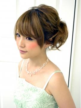 結婚式 髪型 ショート おすすめ アップ