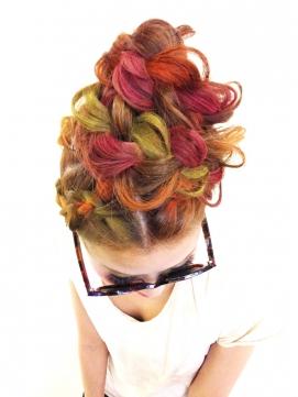 ハロウィン 髪型 ヘアアレンジ 簡単 可愛い 長さ別グラデカラー