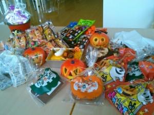 ハロウィン パーティー ゲーム 料理メニュー 飾り付け アイデア お菓子交換
