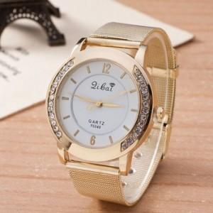 クリスマスプレゼント 彼女 40代 時計