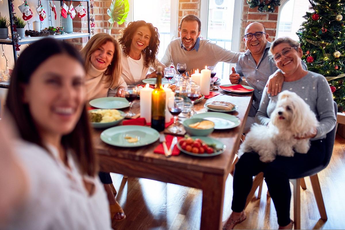 クリスマスに一人で予定ないときの過ごし方は実家に帰省する