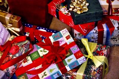 高校生 クリスマスパーティー プレゼント交換