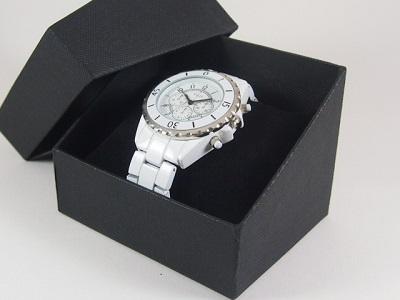 大学生 彼氏 クリスマスプレゼント おすすめ 腕時計